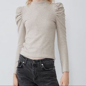 Balloon Shoulder Sweatshirt
